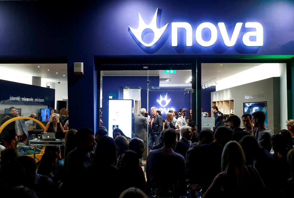 Νέα εποχή για τα καταστήματα Nova